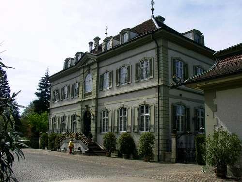 New Wenkenhof in Riehen, Switzerland free photo