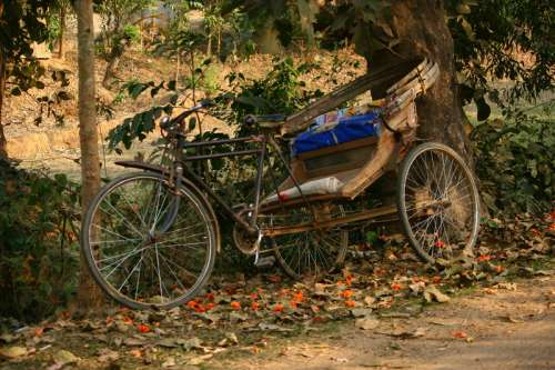 Old rickshaw at Dhaka, Bangladesh free photo