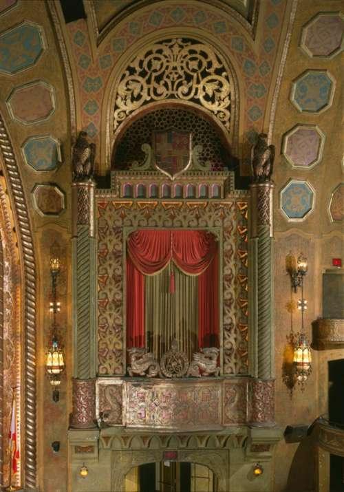 Organ Screen in the Alabama Theatre in Birmingham free photo