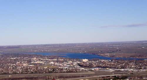Overlook of Richland City landscape and town in Washington free photo