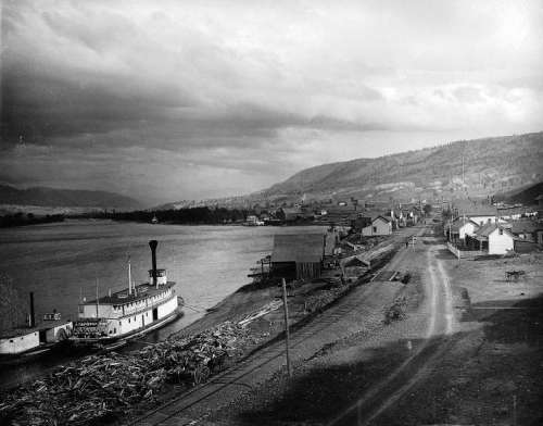 Paddle steamer at Kamloops in 1887 in British Columbia, Canada free photo