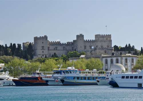 Palace of the Grand Master of the Knights of Rhodes in Greece free photo