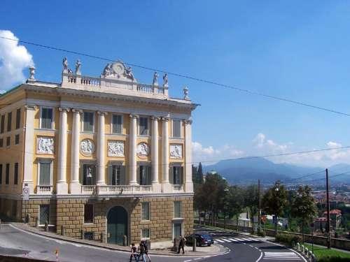 Palazzo Medolago in Bergamo, Italy free photo