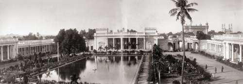 Panoramic view of the Chaumhalla Palace at Hyderabad, India free photo