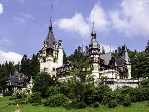 Peleş Castle in Romania free photo