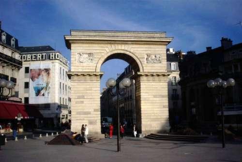 Porte Guillaume in Dijon, France free photo