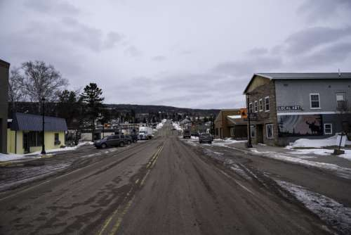 Road going through Grand Marais, Minnesota free photo