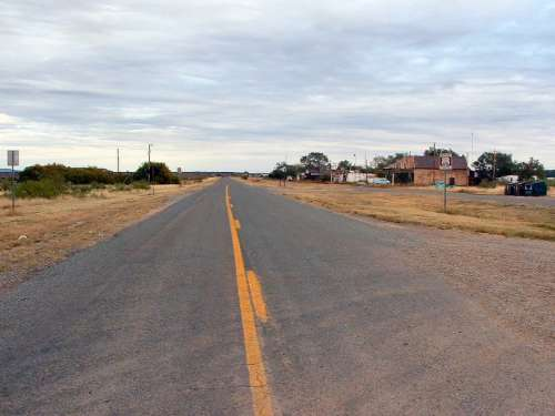 Roadway landscape in Newkirk, New Mexico free photo