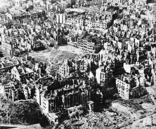 Ruins of Warsaw in 1945 in World War II free photo