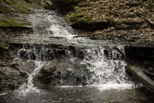 Running Waterfall at the end of Parfrey's Glen, Wisconsin free photo