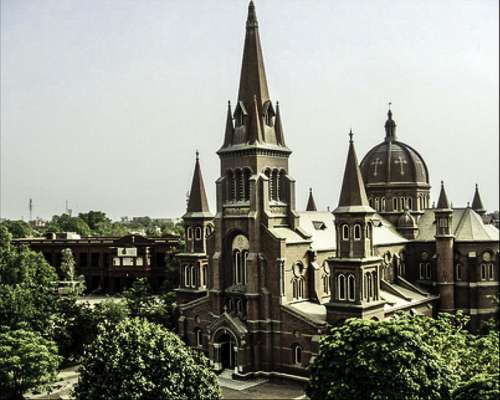Sacred Heart Cathedral in Lahore, Pakistan free photo