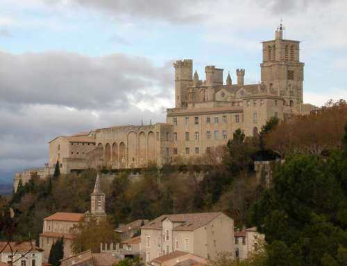 Saint-Nazaire cathedral in Beziers, France free photo