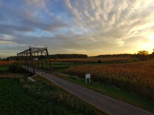 Scenic sunset landscape in Frankemuth, Michigan free photo