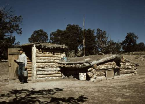 Shack in Pie Town, New Mexico free photo