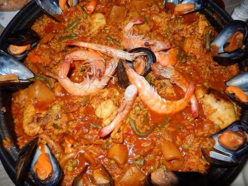 Spicy seafood stew and soup free photo