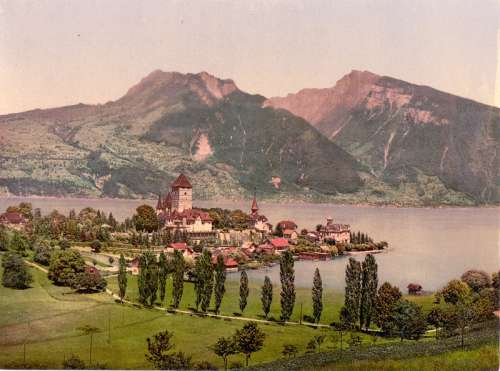 Spiez harbour and Lake Thun in Switzerland free photo