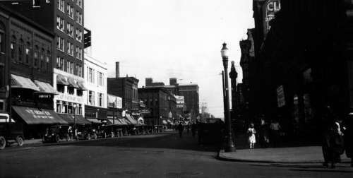 State and 9th Streets in downtown Erie during the early 1920s in Pennsylvania free photo