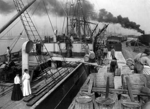 Steamer loading resin in Gulfport, Mississippi in 1906 free photo