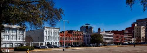 Street View and road in Montgomery, Alabama free photo