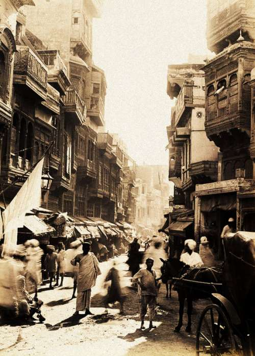 Streets of Lahore in 1890 in Pakistan free photo