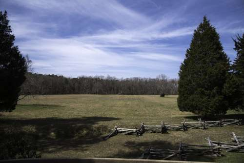 Surrender Field under the Sky landscape in Yorktown, Virginia free photo