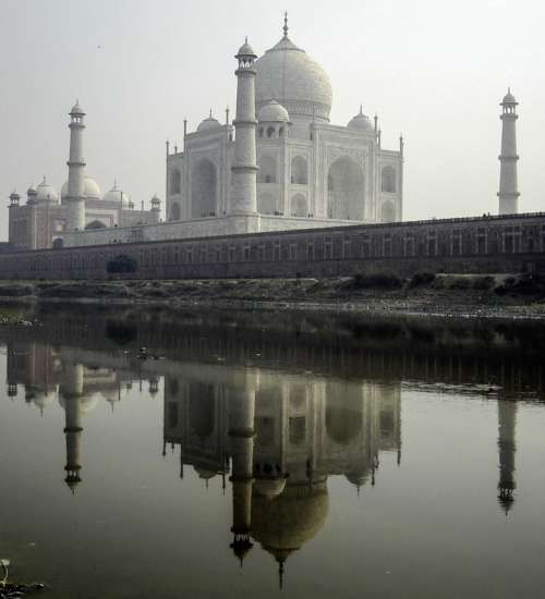 Taj Mahal from the Northern Bank of river Yamuna in India free photo