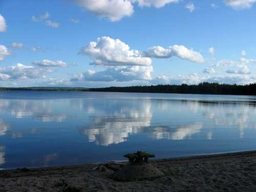 The lake landscape of Pirttijärvi in Puolanka, Finland free photo