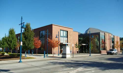 The library in downtown in Sherwood, Oregon free photo