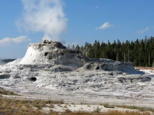 Thermal Features in Yellowstone National Park, Wyoming free photo