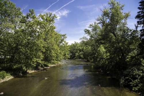 Upstream on the Cayuhoga River at Cayuhoga Valley National Park, Ohio free photo