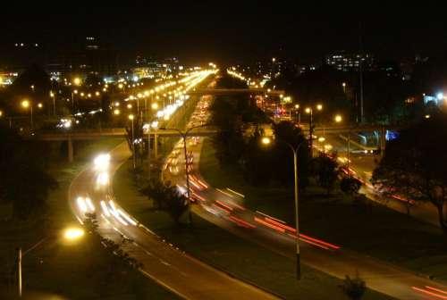 Vista nocturna de la avenida El Dorado in Bogota, Colombia free photo