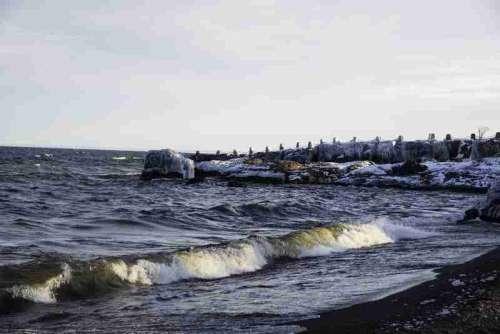 Waves on the Coastline at Gooseberry Falls State Park, Minnesota free photo