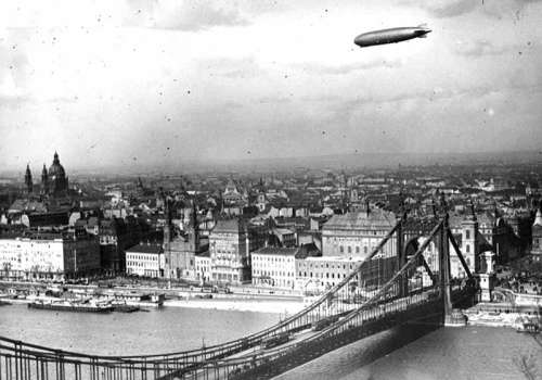 Zeppelin above Budapest in 1931 in Hungary free photo