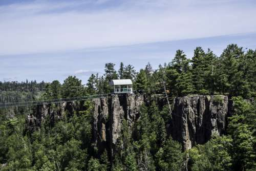Zipline Station on the slopes at Eagle Canyon, Ontario free photo