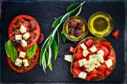 Tomato Olive Oil, Cheese Olives Platter