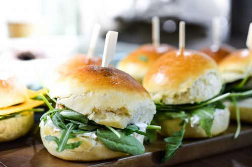 Fresh vegan burgers with rucola