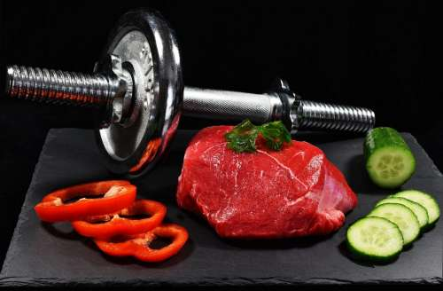 Meat with pepper and cucumber – fitness