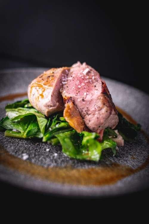 Pork tenderloin with salad