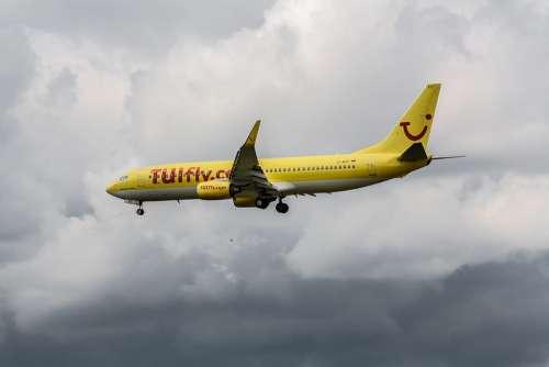 Aircraft Vacations Flying Travel Aviation