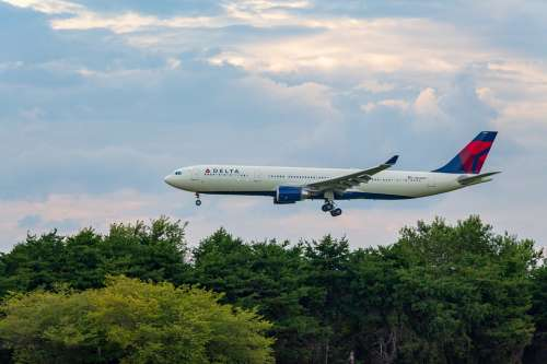 Atlanta International Airport Airplane