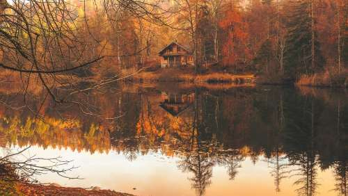 Autumn Fall Cottage House Hut Cabin Lake Water
