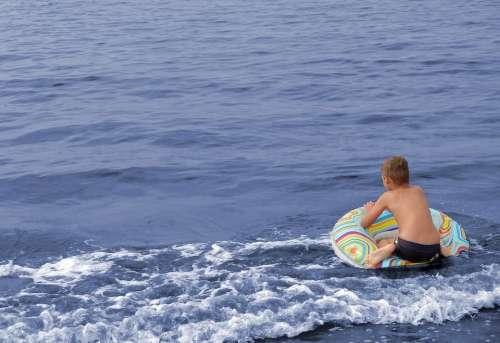 Badeurlaub Vacations Boy Water Swimming Ring