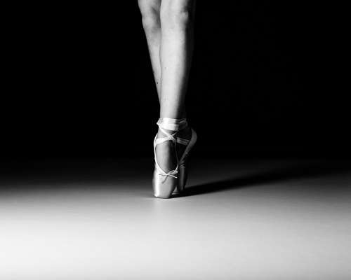 Ballet Dancer En Pointe Dance Ballerina Girl