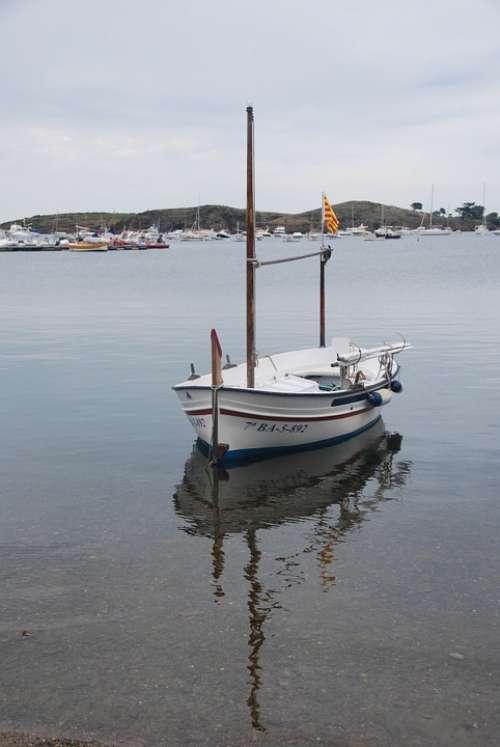 Barca Reflection Water