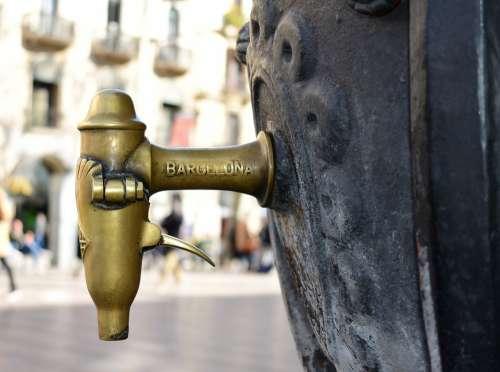 Barcelona Fountain Architecture Ramblas Tourism