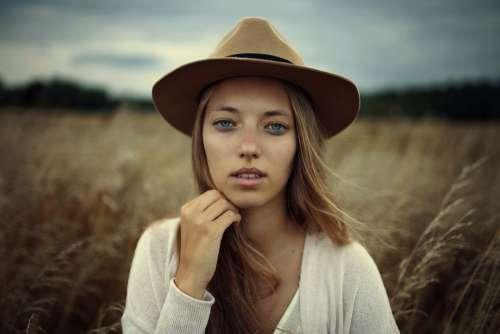 Beautiful Fashion Grass Model Person Portrait