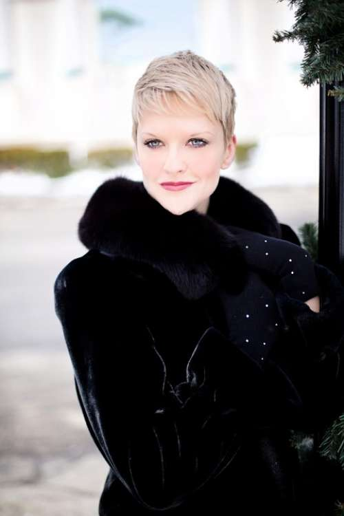 Beautiful Young Woman Black Coat Winter Glamour Fur