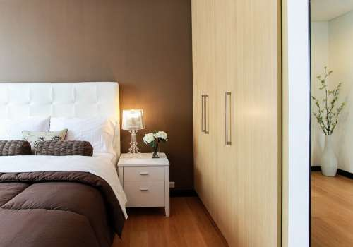 Bed Bedroom Closet Furniture Lamp Light Betstand