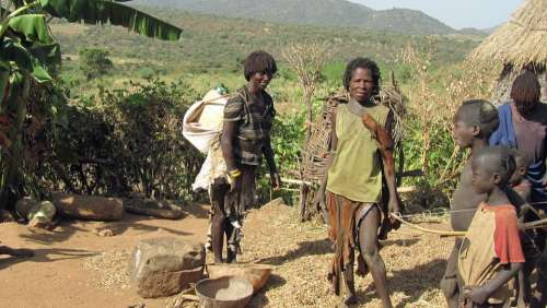 Benna Ethiopia Family Tribe Farm