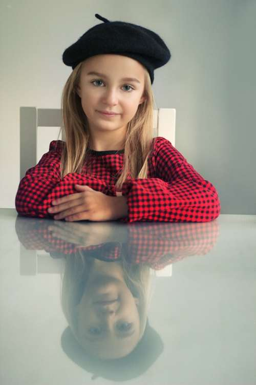 Beret The Little Girl A Person Eyes Portrait Girl